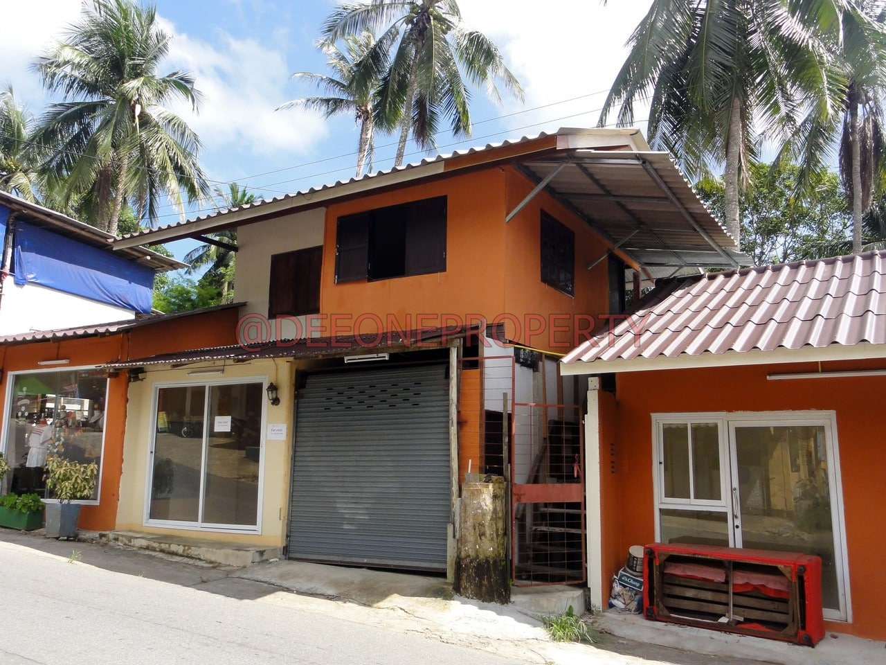 Shop for Rent with room on the main road – Lonely Beach, Koh Chang