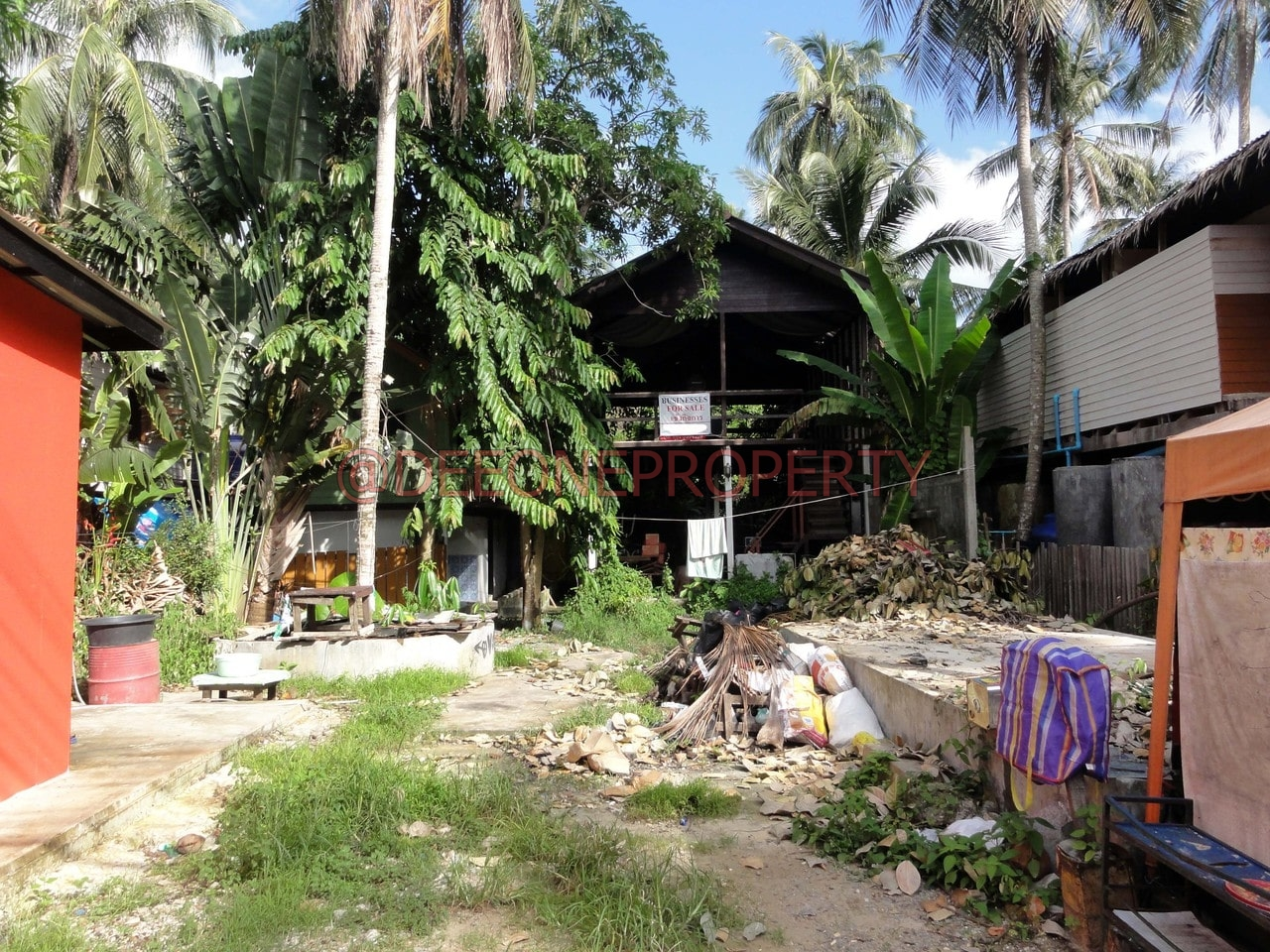 Big Bar w/ rooms for sale – Lonely Beach, Koh Chang
