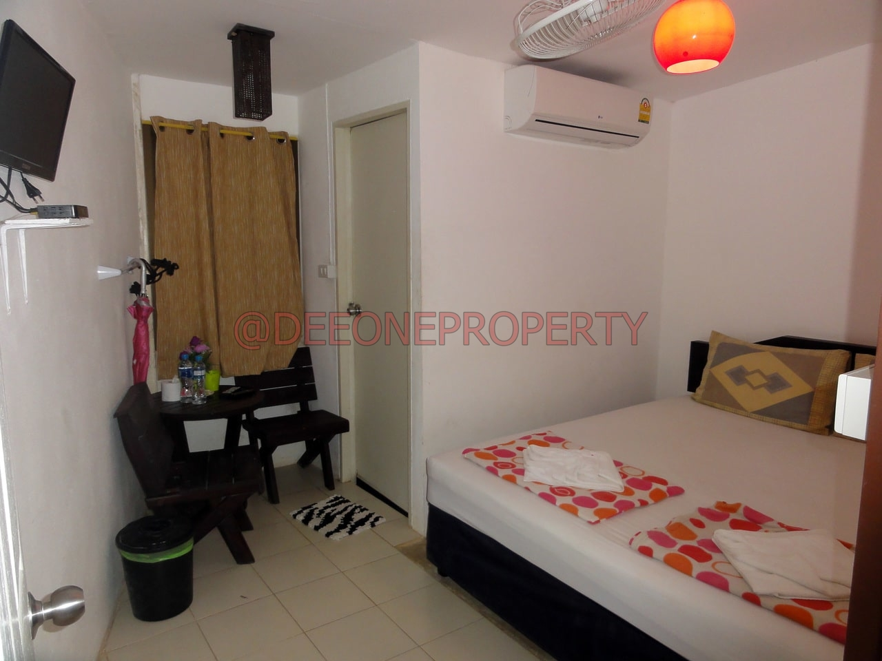small room for rent white sand beach koh chang
