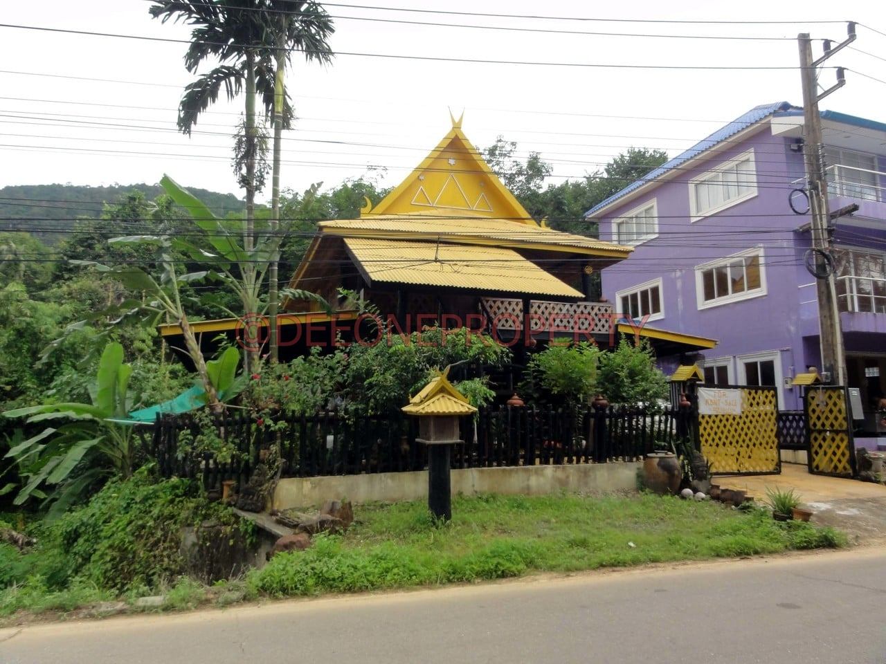 Thai Wooden House for Sale – North East Coast, Koh Chang
