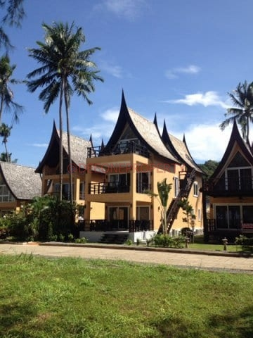 4 bedrooms Luxury awesome Villa For Rent – Klong Son, Koh Chang