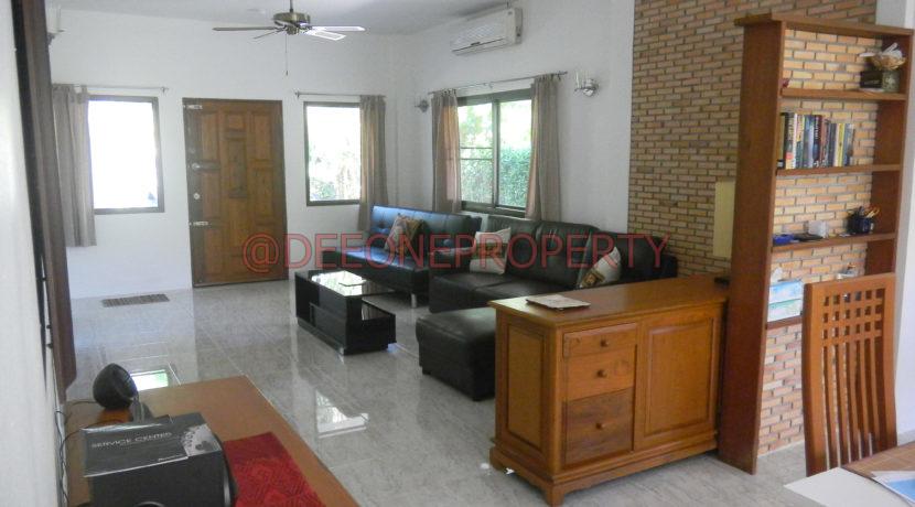 6.Lounge room