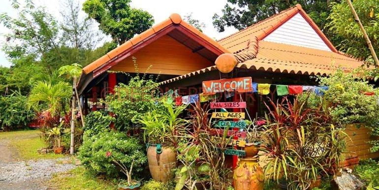 bungalow-resort-koh-chang-thailand