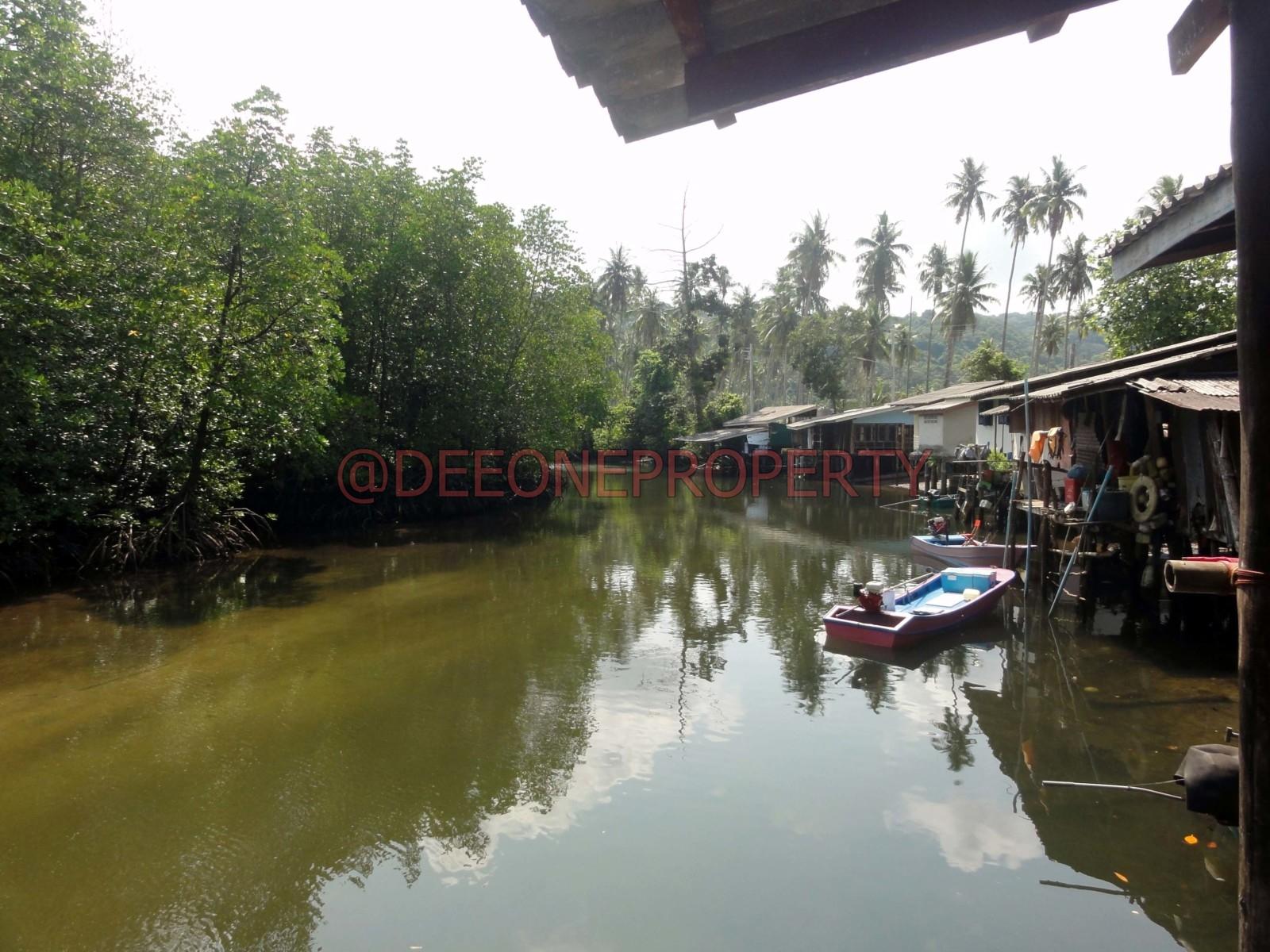 House on Stilts near Paradise Beach for Sale – Koh Kut