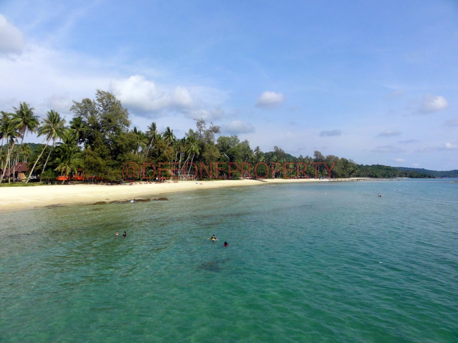 Long Established Beachfront Resort for Sale – Koh Kut