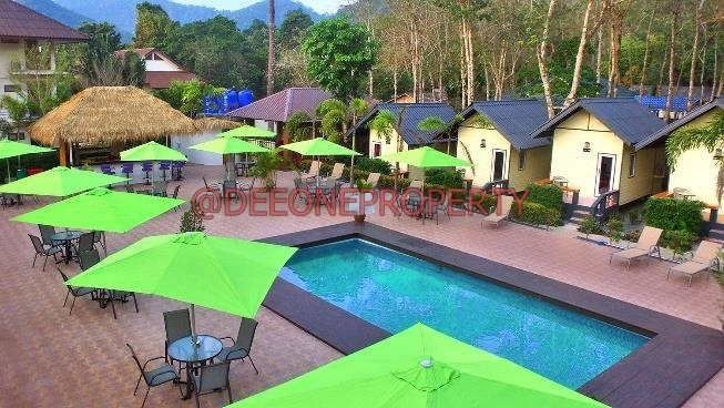Famous Bar – Restaurant – Resort for Sale – West Coast of Koh Chang