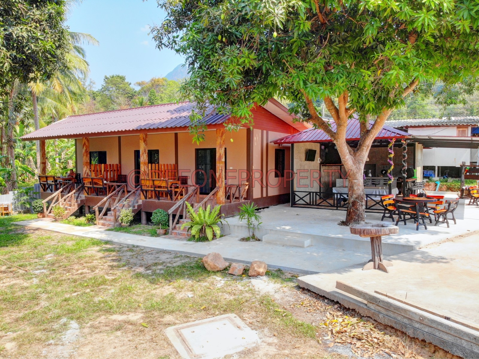 Sea Front Guest House & Bar for Sale – White Sand Beach, Koh Chang