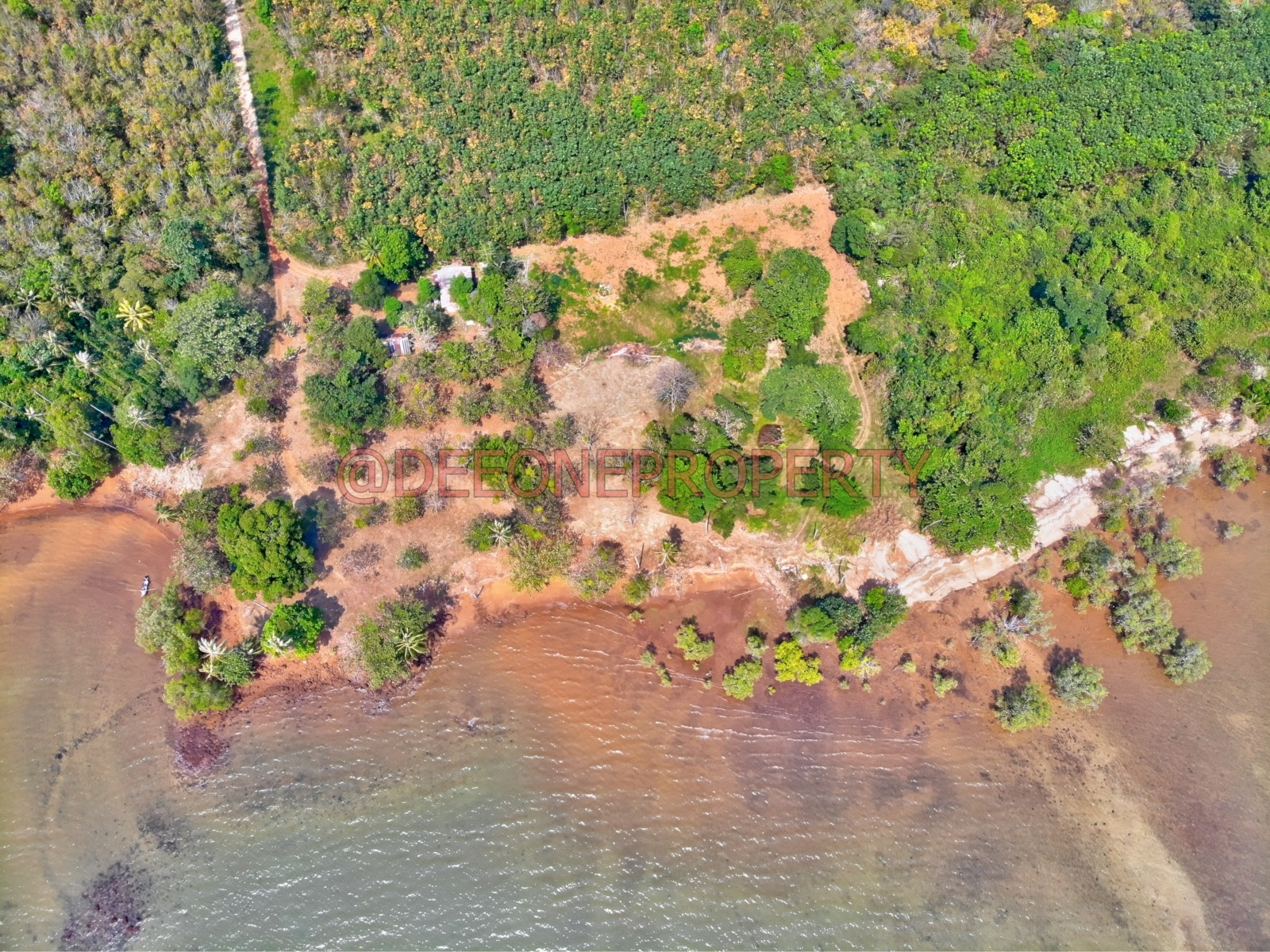 Huge and Wide Sea Front Land for Sale – Koh Mak
