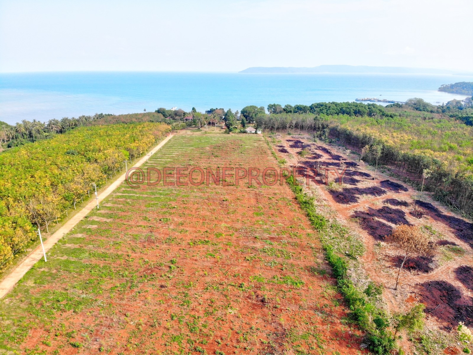 Large Piece of Land Close to the Sea for Sale – Koh Mak