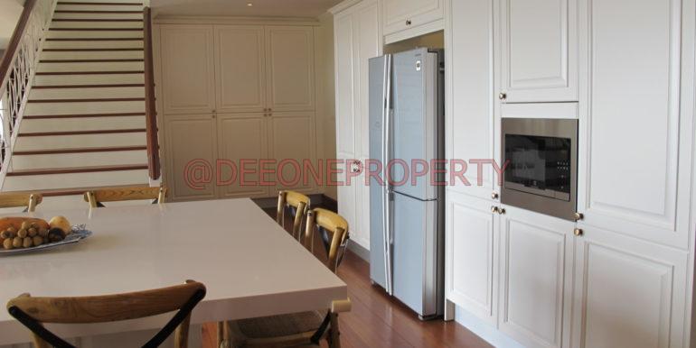 AH Kitchen2