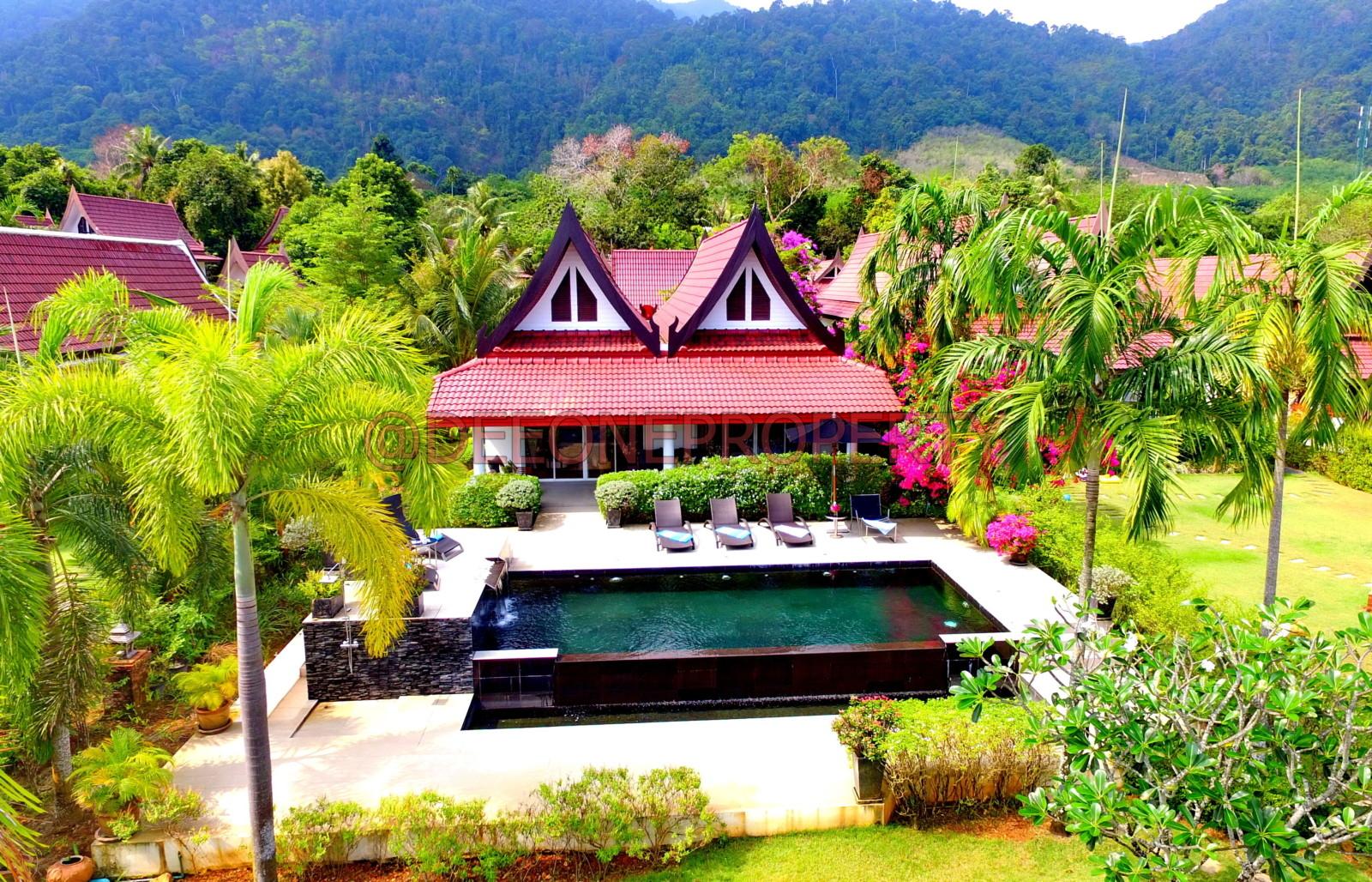 Stunning Beachfront Villa for Sale – Dan Mai, Koh Chang
